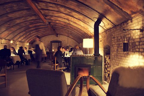 Restaurant, Architecture, Room, Interior design, Building, Vault, Arch, Function hall, Ceiling,