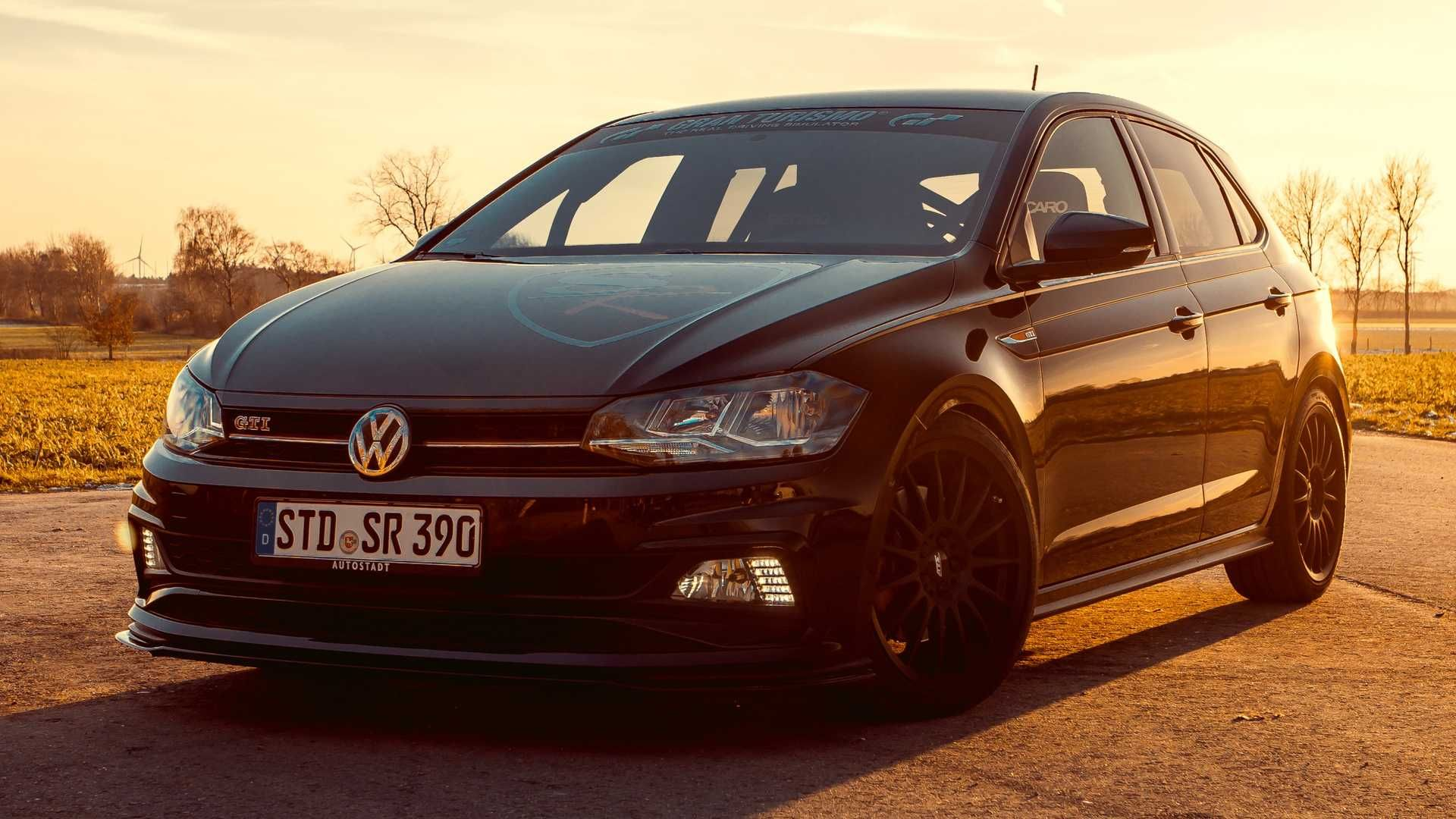 Volkswagen Polo Gti By Siemoneit Racing Superando Al Golf R
