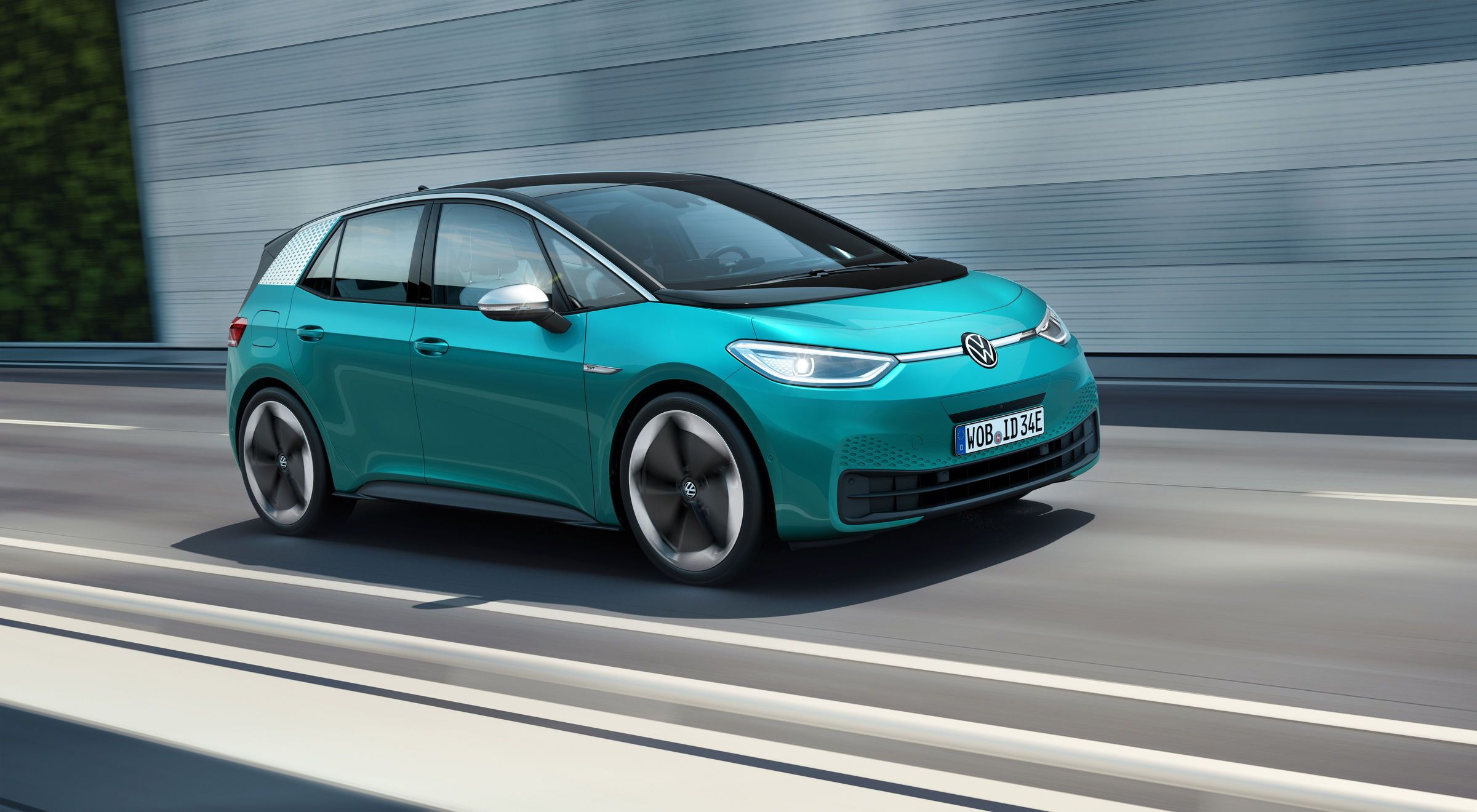 2020 Volkswagen ID.3 Electric Hatch Revealed With 341-Mile Range