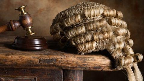 rechters-vroeger-pruik