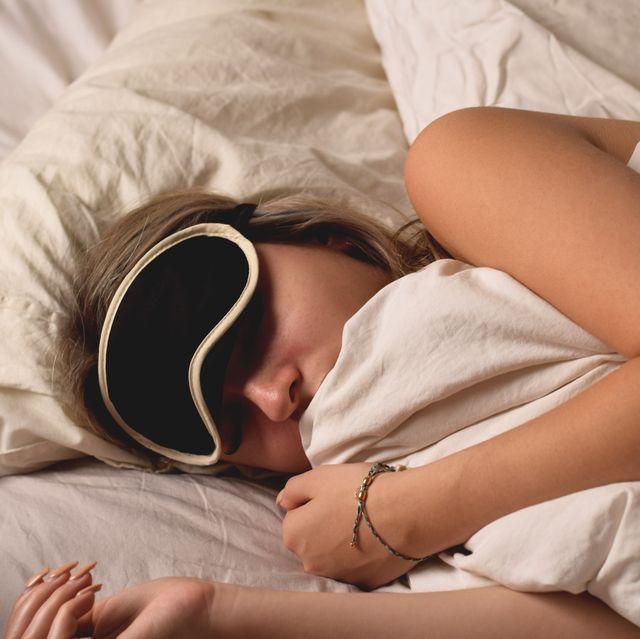 met een slaapmasker kom je sneller in de rem slaap