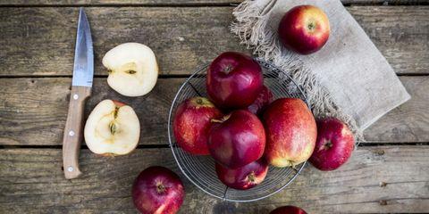 Honger na appel eten
