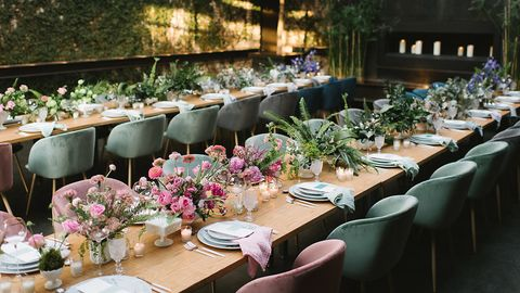 Furniture, Table, Dishware, Serveware, Linens, Flowerpot, Centrepiece, Flower Arranging, Home accessories, Tablecloth,