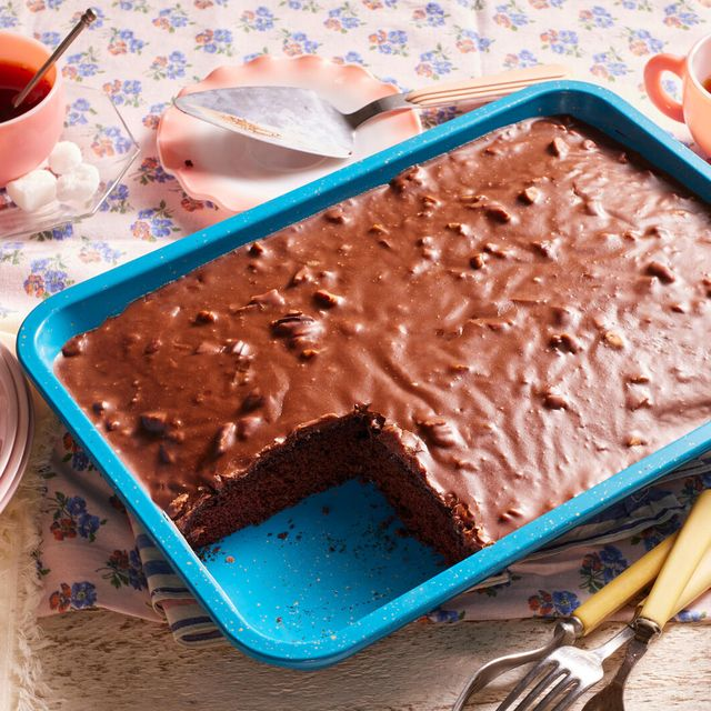 the pioneer woman's chocolate wacky cake recipe