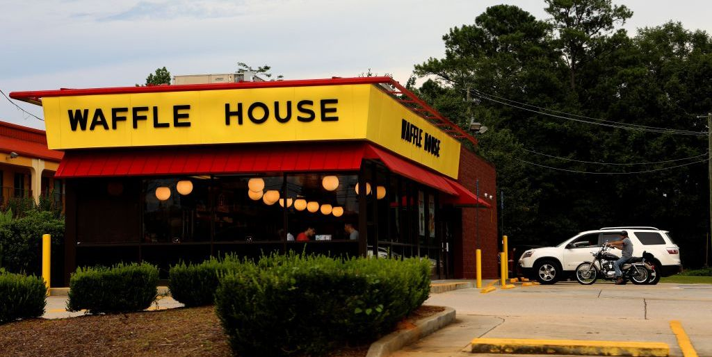 You Can Have a Candlelit Dinner at Waffle House Tonight for Valentine's Day