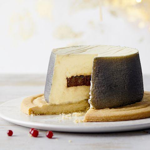 Waitrose has already announced this year's Heston Christmas dessert