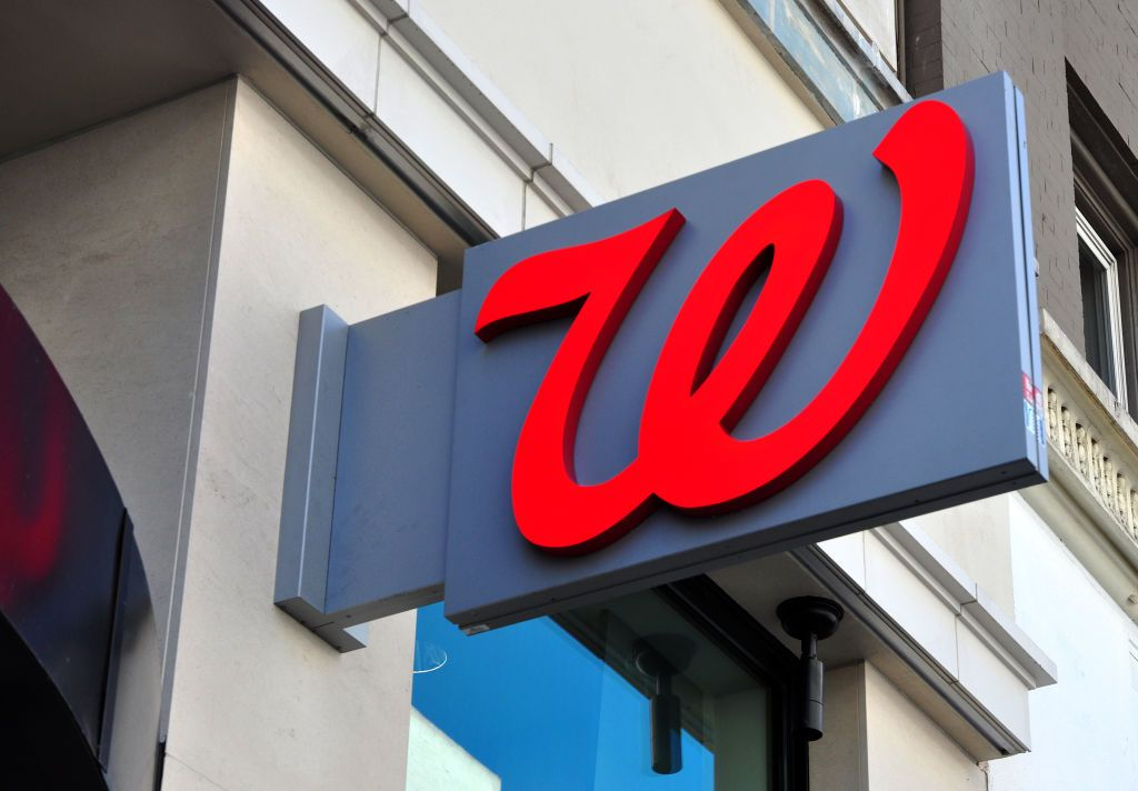 Is Walgreens Open on Christmas 2019
