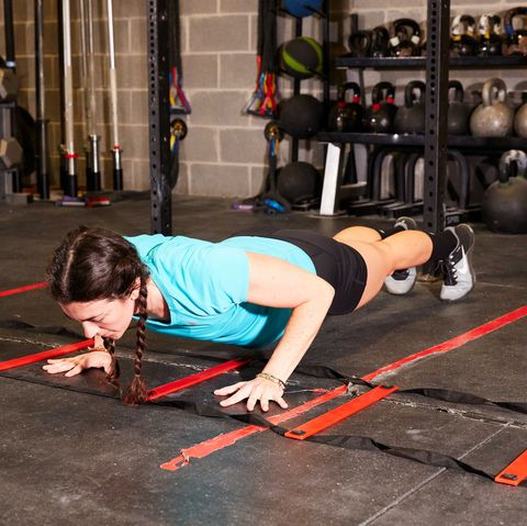 Physical fitness, Press up, Strength training, Circuit training, Plank, Exercise, Crossfit, Room, Fitness professional, Sports,