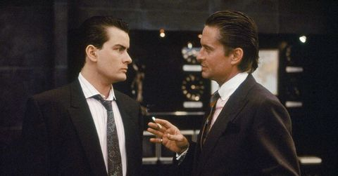 Suit, White-collar worker, Formal wear, Event, Gesture, Businessperson, Tuxedo, Conversation,