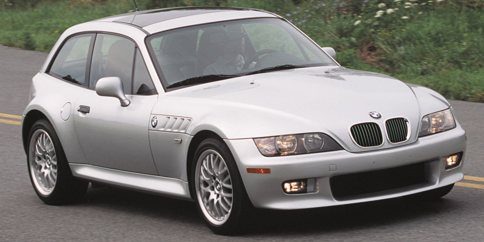 20 Sports Cars Affordable That Are Still Fun To Drive