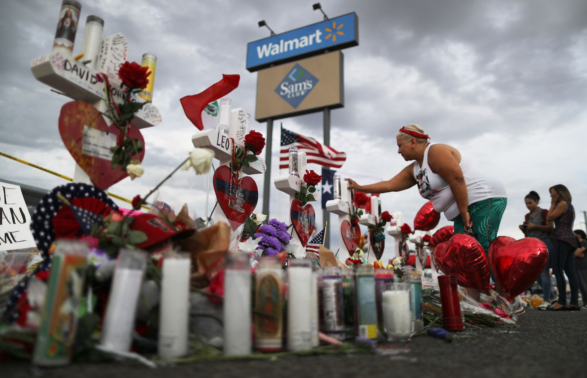 Faced With Gun Violence in Its Stores, Walmart Turns to Fantastical Thinking