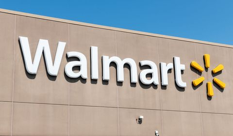 Walmart Releases Average Salaries For Store Managers, Full