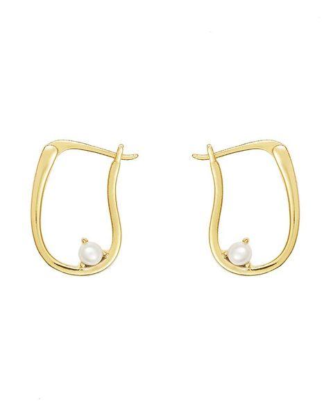 pocketful pearl gold earrings £3123 wanderlust  co
