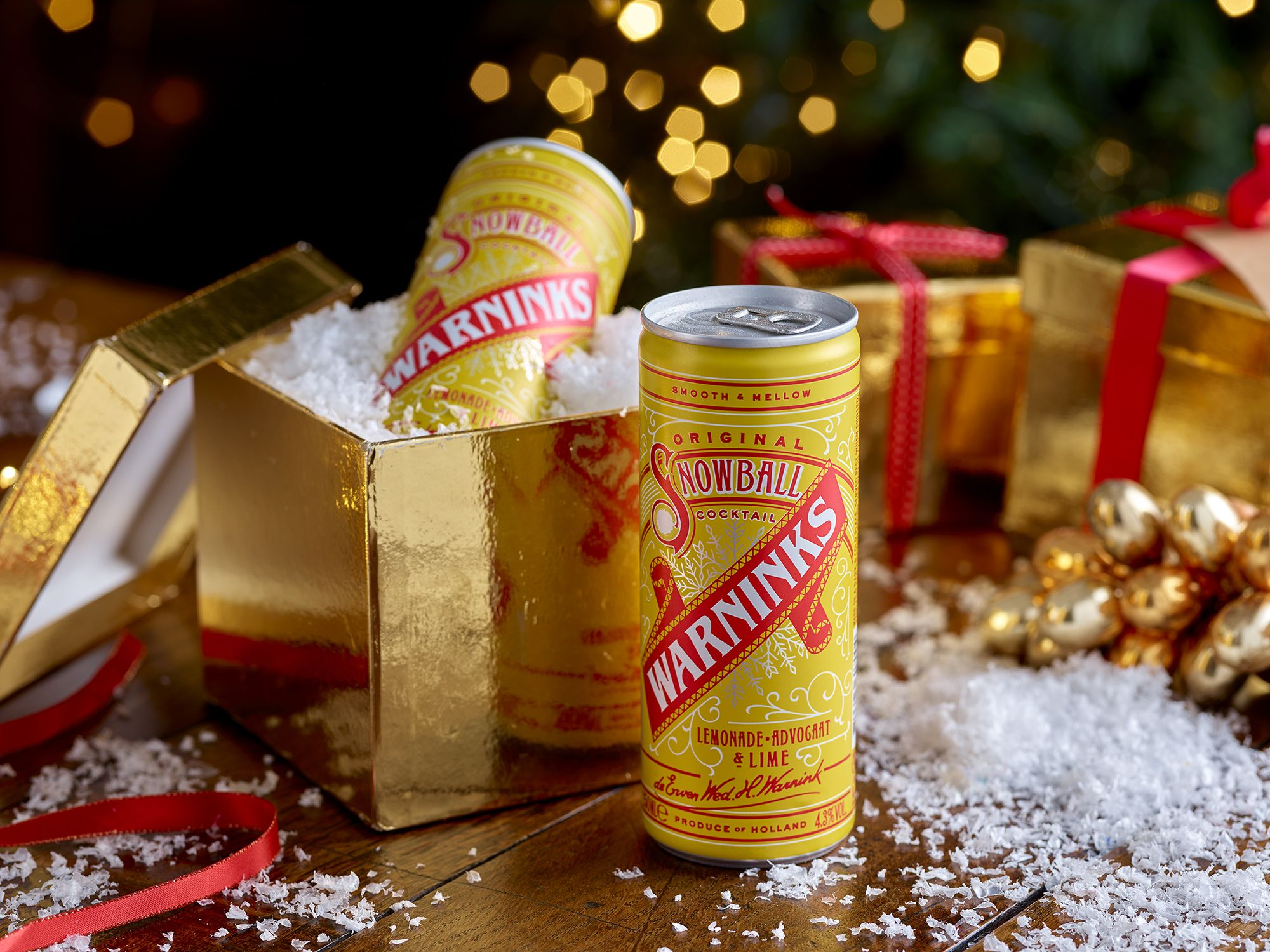 You can now get a classic Snowball cocktail in a can for Christmas