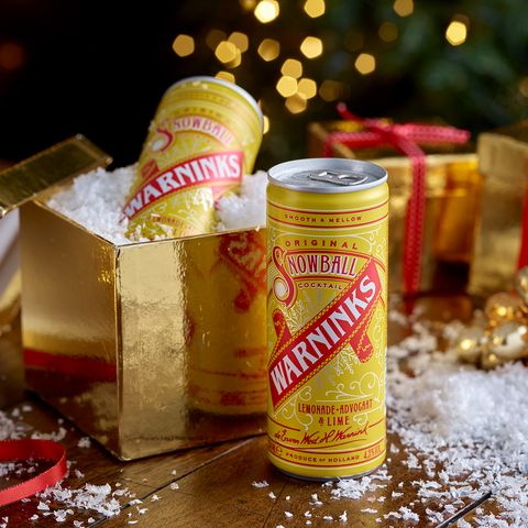 Warninks Snowball cocktail in a can