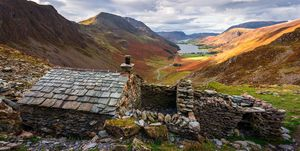 Warnscale Bothy, (bad weather retreat for climbers) Buttermere, Honister Pass, Lake District, Cumbria, England