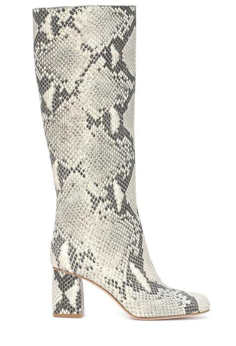 Footwear, Boot, White, Shoe, Knee-high boot, Beige, Durango boot, Rain boot, Riding boot,