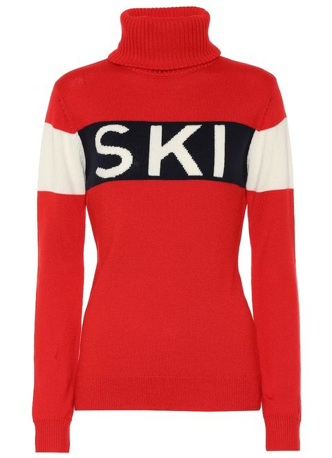 Clothing, Sleeve, Red, Long-sleeved t-shirt, Shoulder, Jersey, Outerwear, Neck, Sweater, T-shirt,