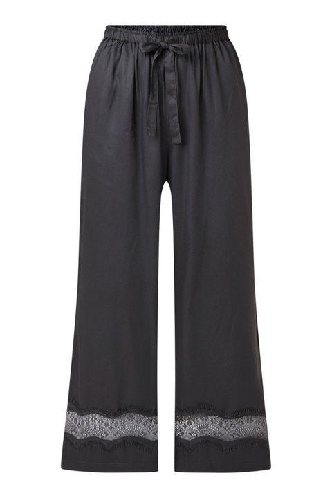 Clothing, Black, Trousers, Active pants, Sportswear, Pocket, sweatpant, Jeans,