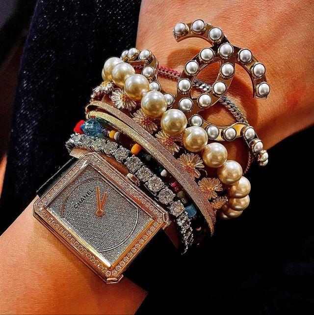 明星款女錶特蒐!「cartier、chanel、hermès」默默熱賣的5款方型手錶推薦