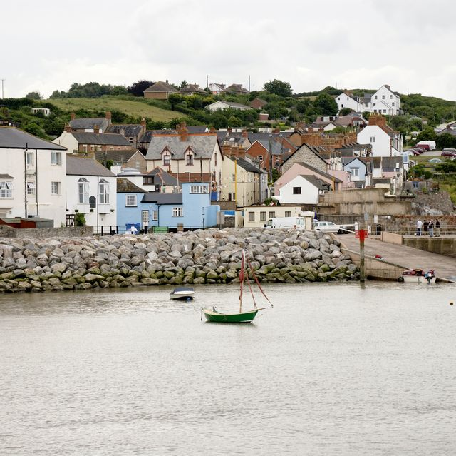 airbnb's top 10 trending british seaside destinations for 2021