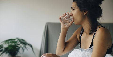 Water drinken voor het slapen gaan