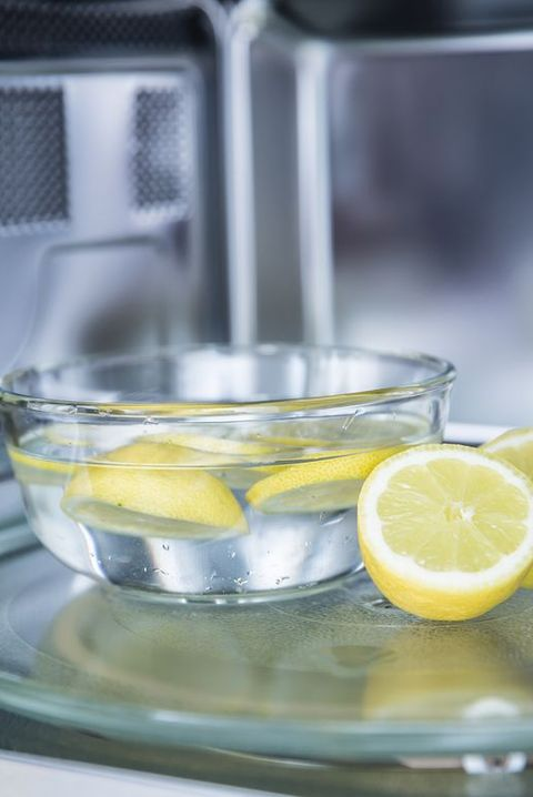 a method of cleaning in a microwave oven with water and lemon
