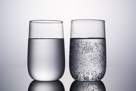 營養師激推「8杯水減肥法」減脂超有感!每天照時間表喝,1個月狂瘦5kg!