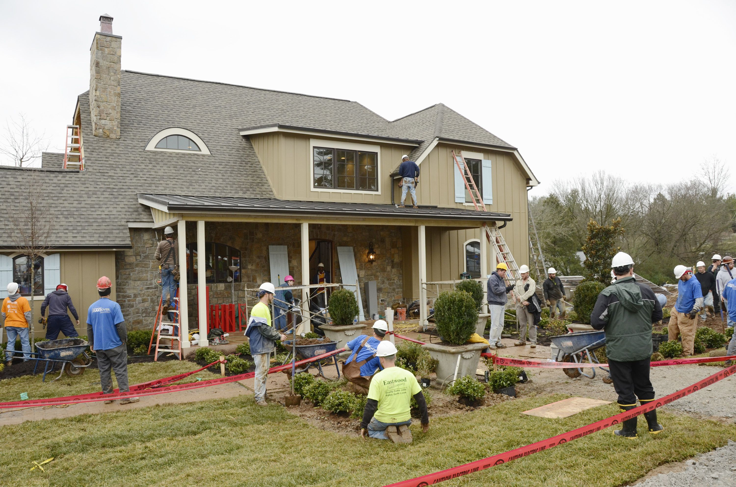 HGTV's Extreme Makeover: Home Edition Reboot Is Now Casting Families