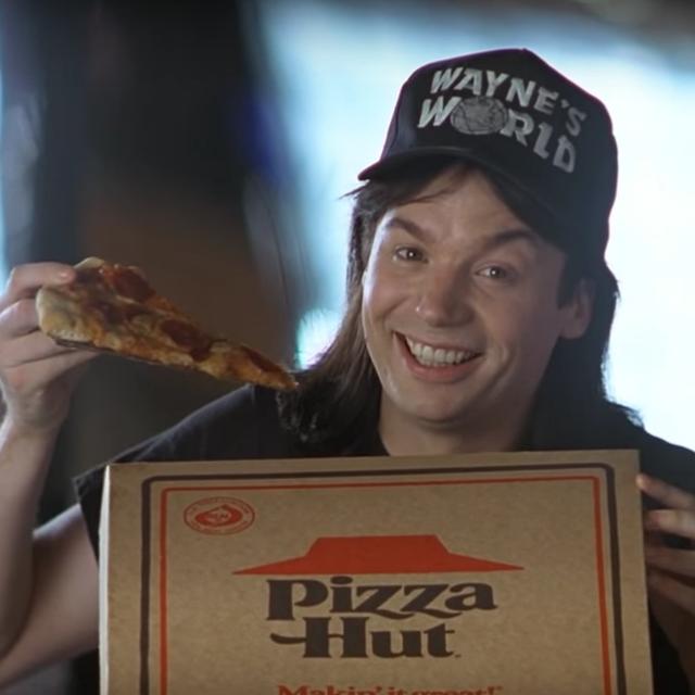 mike myers presumiendo de pizza hut en wayne's world