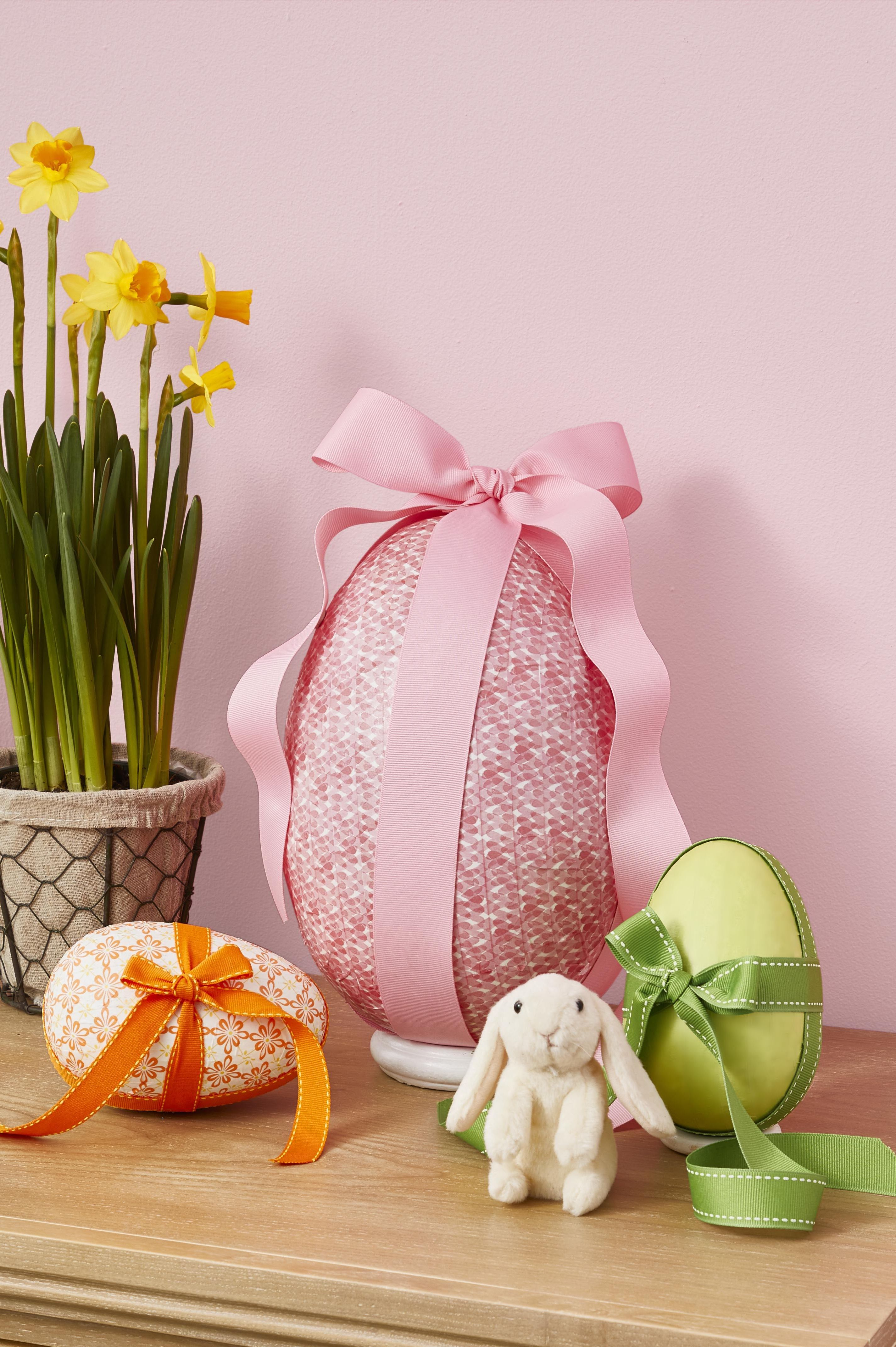Easter egg surprise egg- easter egg decorating