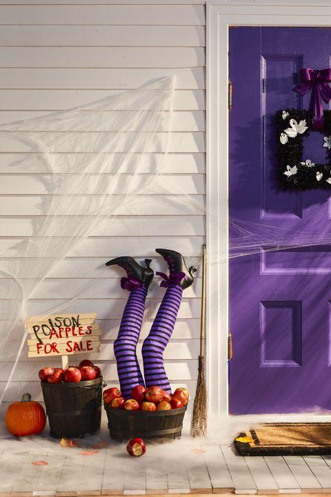 72 Fun Halloween Party Ideas - Best Halloween Party Themes