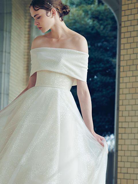 フェリーチェマツエダ銀座ブティックにて取り扱い「マーク・イングラム」のケープデザインドレス