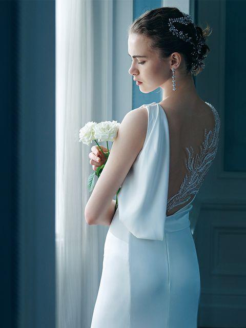 プロノビアスのシルククレープ素材のマーメイドドレス