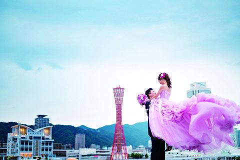 25ansウエディングのオフィシャルブライズのchiakiさんのドレス姿