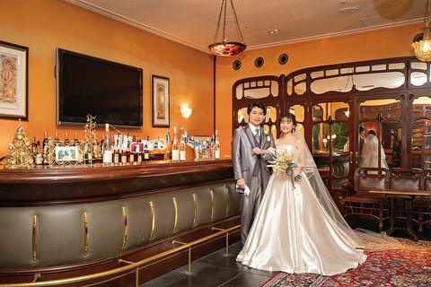 会場の雰囲気に合わせた装いで式に臨んだ莉那さん&卓也さん