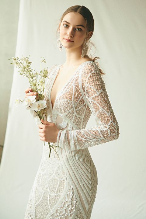ドレスモア取り扱い「ナイーム・カーン」のビーディングドレス
