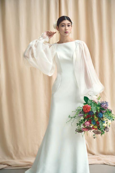 ミラー ミラーの「アントニオ・リーヴァ」のソフトマーメイドドレスのモデルカット