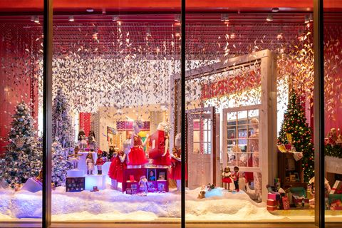 The Best Christmas Windows in NYC   Holiday Window Displays to