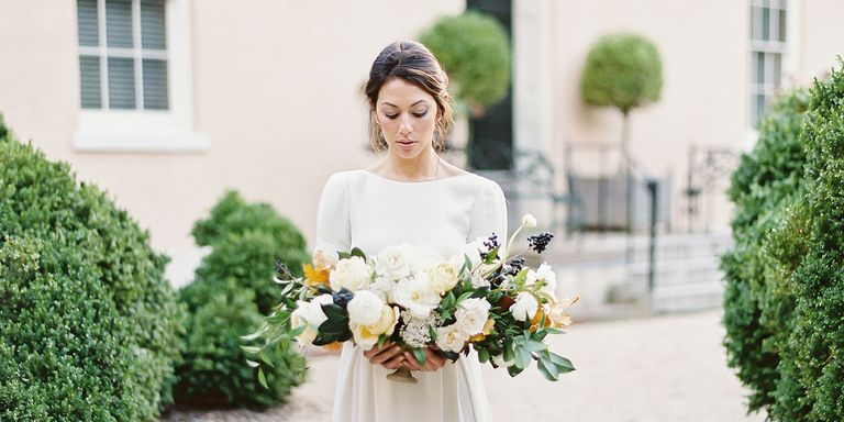 Heres How Much Brides Actually Spend On Wedding Dresses Average - How Much Is The Average Wedding Dress
