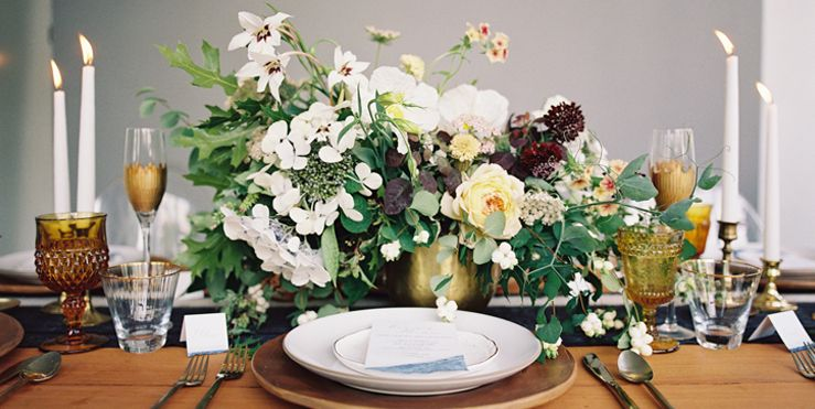 20 best wedding flower centerpiece ideas rustic and modern table 20 best wedding flower centerpiece ideas rustic and modern table centerpieces junglespirit Images