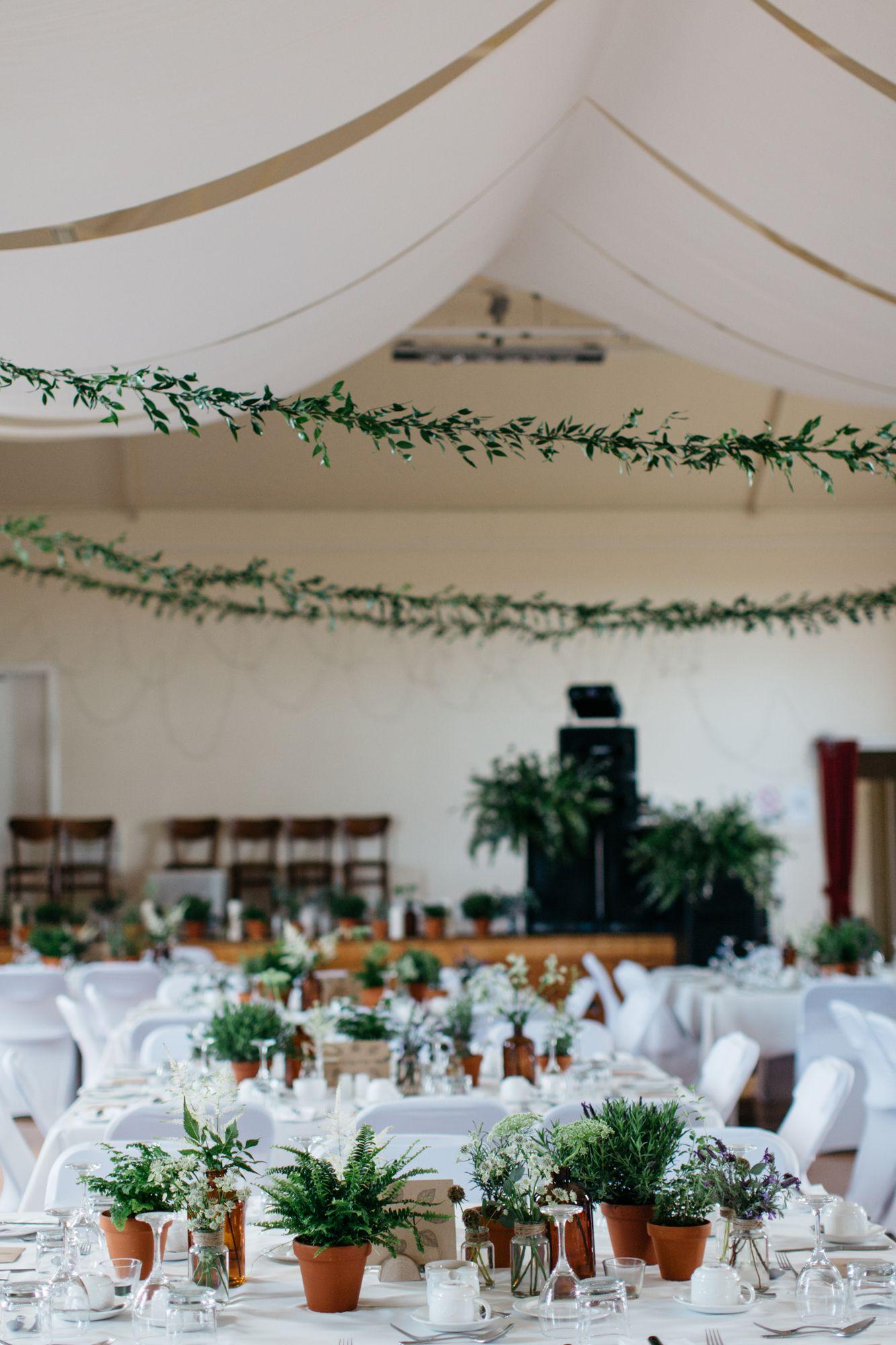 15 best greenery wedding centerpieces green centerpieces for wedding junglespirit Choice Image