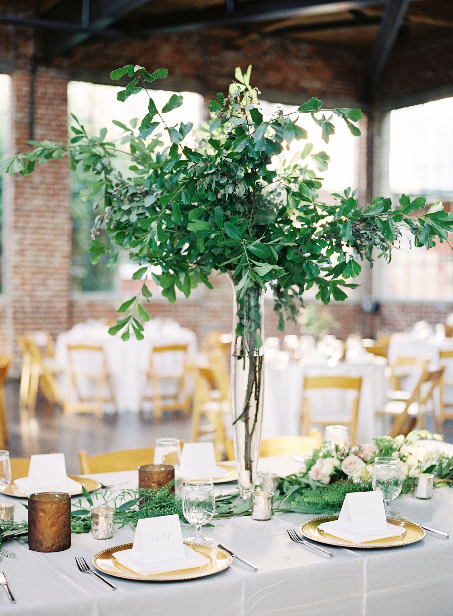 15 best greenery wedding centerpieces green centerpieces for wedding junglespirit Gallery
