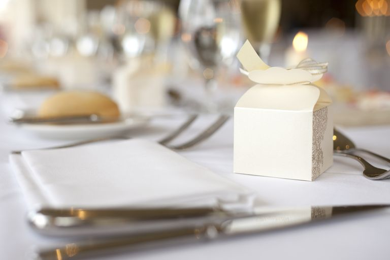 Etiquette Rules For Wedding Gift