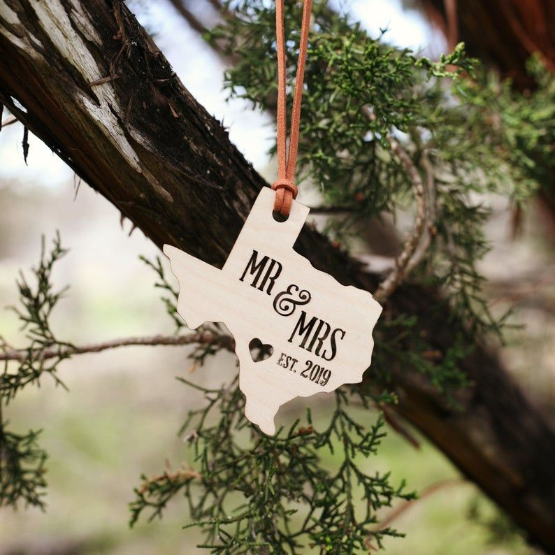 15 Best Wedding Ornaments to Hang on Your Christmas Tree