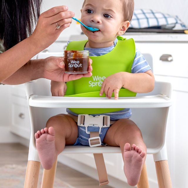baby sitting in weesprout high chair