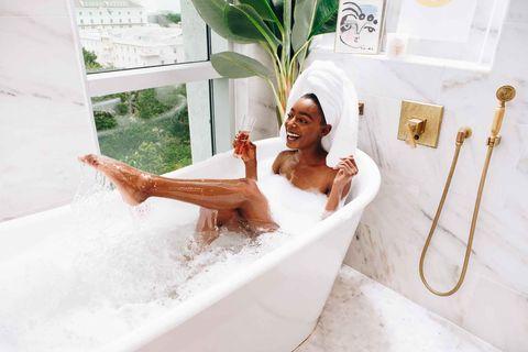Bathtub, Bathing, Room, Bathroom, Plumbing fixture,