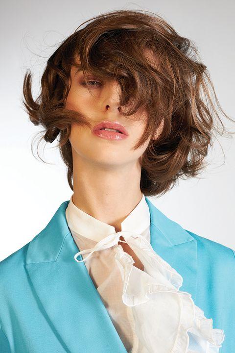 6 idee per tagli shag con capelli corti dietro lunghi davanti