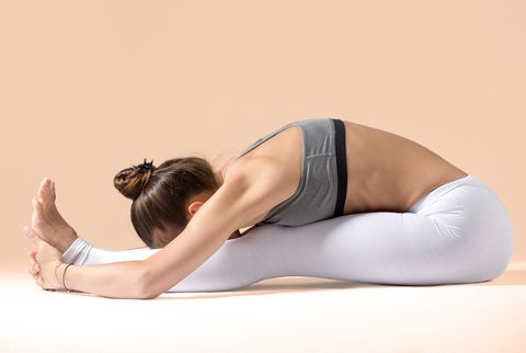 Shoulder, Physical fitness, Arm, Skin, Sportswear, Leg, Joint, Pilates, Stretching, Knee,