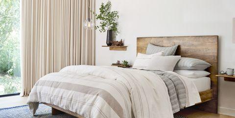 Bedroom, Furniture, Bed, Room, Bed sheet, Bedding, Bed frame, Interior design, Nightstand, Property,